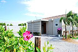沖縄のペンションGUSUKU 外観写真 アクセスページ